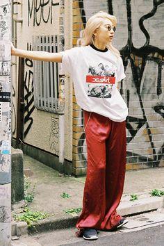 X-girl × Larry Clark meets Nylonista snap : yua 90s Fashion, Girl Fashion, Fashion Outfits, Womens Fashion, Fashion Design, Urban Outfits, Cool Outfits, Harajuku, Grunge