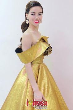 Hồ Ngọc Hà ngày càng ưa chuộng thời trang đơn giản đến khó tin - http://www.iviteen.com/ho-ngoc-ha-ngay-cang-ua-chuong-thoi-trang-don-gian-den-kho-tin/ Những dáng váy nhẹ nhàng cùng phụ kiện đi kèm luôn tạo nên điểm hút rất riêng cho nữ hoàng giải trí trong mỗi lần xuất hiện trước công chúng.  #iviteen #newgenearation #ivietteen #toivietteen  Kênh Blog - Mạng xã hội giải trí hàng đầu cho gi�
