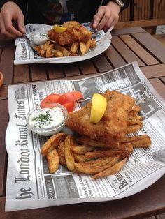 Drink Bar & Grill on Tallinnan ainoa oikea englantilainen pubi. Täältä löytyy kaupungin paras Fish & Chips ja yli 100 eri olutta ja siideriä!