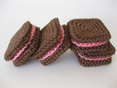 square sandwich cookies to crochet, by Cake Sachets by Norma Lynn Hood * Link actualizado *