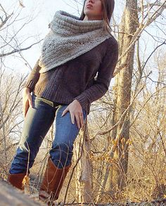 Ravelry: Huntress Cowl pattern by Karla Repperger