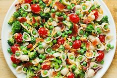 Broccoli Bacon Ranch Pasta Salad - We compiled a list of 67 of the best pasta salad recipes around the web.   Savorystyle.com