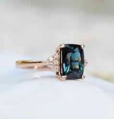 emerald cut blue green sapphire ring diamond ring Martini by Eidelprecious. Green Diamond Rings, Peach Sapphire Rings, Green Sapphire Engagement Ring, Round Diamond Engagement Rings, Engagement Ring Cuts, Bling Bling, Ring Verlobung, Gold Ring, Silver Ring