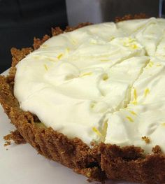 Zabkekszes citromtorta Sweet Recipes, Cake Recipes, Dessert Recipes, Gluten Free Sweets, Hungarian Recipes, Sweet Cakes, Cookie Desserts, Food And Drink, Cupcake Cakes