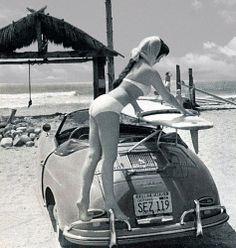 Porsche 356 Speedster Surf is Up California Girl Vintage Poster NEW Porsche Classic, Classic Cars, Vintage Surfing, Surf Vintage, Vintage Bikini, Auto Girls, Car Girls, Porsche 356 Speedster, Porsche Panamera