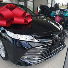 Аренда автомобиля TOYOTA CAMRY 2019