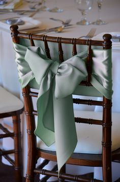 mint green and gold wedding Mint Gold Weddings, Wedding Mint Green, Wedding Chair Decorations, Wedding Chairs, Wedding Trends, Diy Wedding, Dream Wedding, Wedding Ideas, Green And Gold