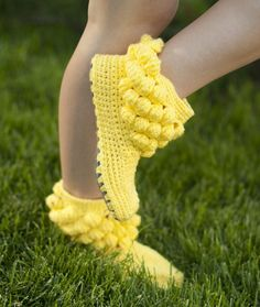 crochet slippers and shoes by JoyForToesCrochet Women Boots Slippers for the House One-colored Bubbles Yellow Custom Made. via Etsy.The listing is for pattern of the popular and unique bobble boots! With this pattern you will be able to crochet your Crochet Boots Pattern, Crochet Slippers, Crochet Woman, Crochet Baby, Knit Crochet, Funny Slippers, Knitting Patterns, Crochet Patterns, Knitted Booties