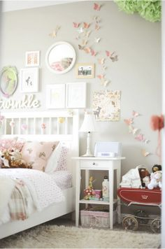 adorable little girl room....Im pretty sure im going to redo Lilas room