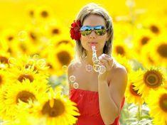 Girl & the Sunflower