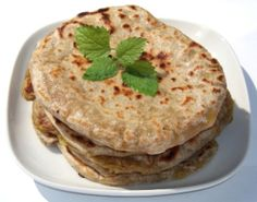 Chapati – Paine indiana fara drojdie | Bucatarie Indiana Vegetariana Chapati, Garam Masala, Indiana, Curry, Ethnic Recipes, Food, Curries, Essen, Meals