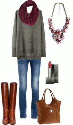 Outfit inspiration.  Statement necklace. Burgundi nyaklánc. www.ninojewelry.hu