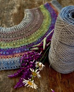 Modern Crochet, Crochet Clothes, Happy Friday, Yarns, Knit Crochet, Knitting, Clothing, How To Make, Outfits