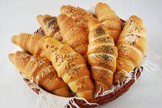 Japán felhőtorta recept - Kifőztük, online gasztromagazin Hungarian Cuisine, Hungarian Recipes, Hungarian Food, Bread Dough Recipe, Best Food Ever, Winter Food, Soul Food, Hot Dog Buns, Food Art