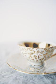 white tea cup and saucer with gold Coffee Cups, Tea Cups, Café Chocolate, Teapots And Cups, My Cup Of Tea, Tea Cup Saucer, Mug Cup, High Tea, Afternoon Tea