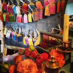 colorful world.  80色のエスコートカードの中から 自分だけの色を探して... #escortcard #colorfulworld #wedding  #original wedding #crazy wedding #クレイジーウェディング