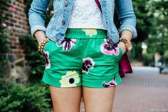 Double floral print and denim jacket...Green Shorts//Pink Flowers on www.thebobbedbrunette.com