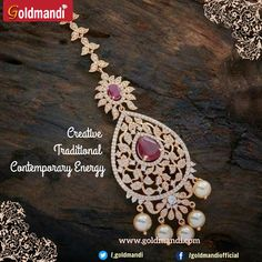 Stunning ruby stone Maang tika you can wear at any occasion Body Jewelry Shop, Head Jewelry, Best Jewelry Stores, Pendant Jewelry, Gold Pendant, Gemstone Jewelry, Tikka Jewelry, India Jewelry, Silver Jewellery