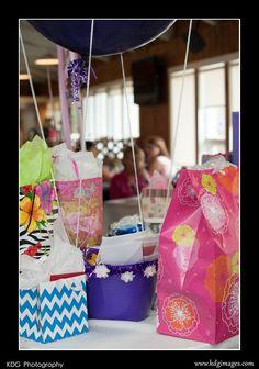 Hot air balloon gift card basket.
