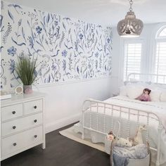 This bluebell Wallpaper is self adhesive, removable & adds sophisticated charm to your home in minutes! Watercolor floral wallpaper brings glamour to any wall. Hand Painted Wallpaper, Wallpaper Size, Painting Wallpaper, Self Adhesive Wallpaper, Peel And Stick Wallpaper, Wall Wallpaper, Wallpaper Roll, Bedroom Wallpaper, Wallpaper For Girls Room