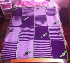 My girl's blanket, done this in 3 moths while I had a baby!!!