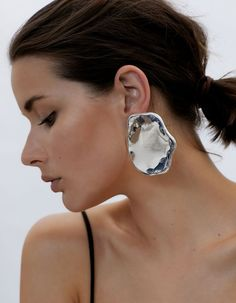 10 Pieces Of Jewelry That Won't Go Unnoticed