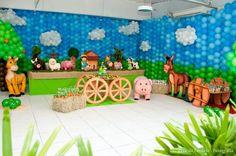 Farm Birthday Party via Karas Party Ideas, the walls!!