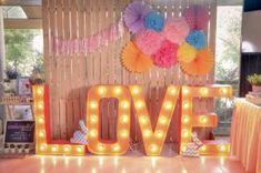Photocall con palets para tu boda