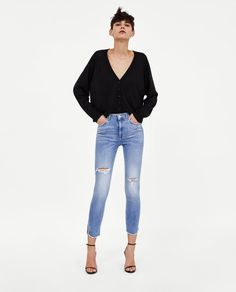 High-waisted jeans with five pockets. Jeans Skinny, Mom Jeans, Wardrobe Basics, Zara United States, Zara Women, Get The Look, New Outfits, Dress Up, Style Inspiration