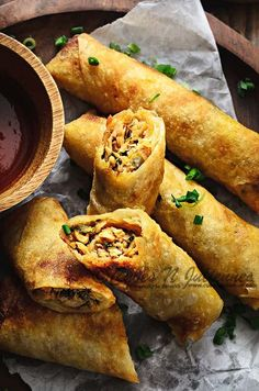 Low Unwanted Fat Cooking For Weightloss Best Chicken Spring Roll Recipe Appetizer Dishes, Appetizer Recipes, Dinner Recipes, Italian Appetizers, Wonton Recipes, Chicken Keema, Crispy Chicken, Chicken Wontons, Kitchen Recipes