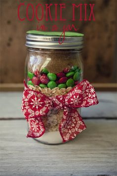 Monster Cookie Mix in a jar and free printable with instructions: great gift idea at TidyMom.net