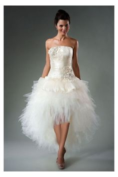 2013 Newly Arrived Fanciful A-line Wedding Dress with Fabulous Asymmetrical Length