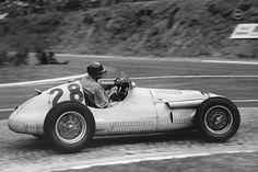 #28 Philippe Etancelin (F) - Maserati A6GCM (Maserati 6) 8 (18) Escuderia Bandeirantes