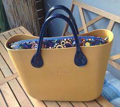 O Bag, Girl Bottoms, Prada Bag, Travel Bags, Michael Kors Jet Set, Cosmetic Bag, Designer Handbags, Wallets, Clock