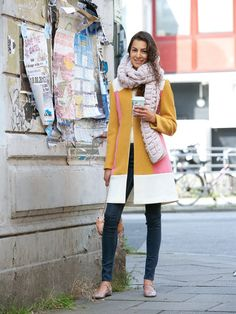 Color block coat. #SewingPattern available on BurdaStyle