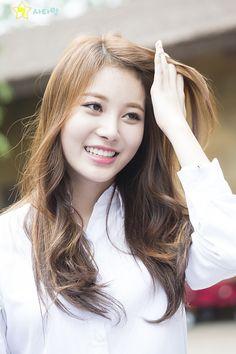 Girl's Day Yura