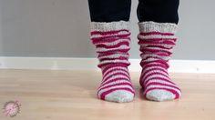 LANKAHELVETTI: Ruttuilua + ohje Wool Socks, Knitting Socks, Halcyon Days, Girls Socks, Leg Warmers, Projects To Try, Sewing, Crochet, Crafts