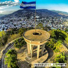Monumento a la Paz. Tegucigalpa, Francisco Morazán.  Honduras