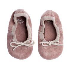 Bailarina baby con gomita; 100% piel;