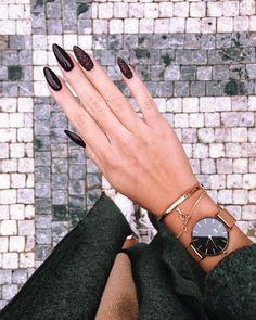 99 brilliant dark nail designs ideas to make others enviousbrilliant dark designs envious ideas nail others 81 dark fashion nail colors for new years Dark Nail Designs, Nail Art Designs, Nails Design, Design Design, Dark Nails, Long Nails, Dark Nail Art, Black Nail, White Nails