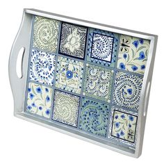 Reverse painted tiles in a tray. Tile Crafts, Mosaic Crafts, Mosaic Projects, Mosaic Tray, Mosaic Tiles, Mosaics, Glass Tiles, Tiling, Painted Trays
