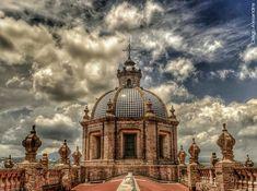 Iglesias Mexicanas: Cúpula de la Catedral de Morelia, Michoacán.