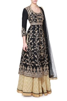 Featuring intricate embroidery work and an indigenous design, this is a must-have in your ethnic wardrobe. The stunning black Lehenga set is a traditional yet young ensemble. Pair it with chunky ear rings and gold peep toes for maximum impact.