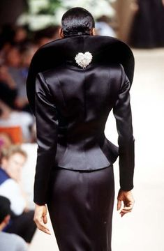 Yves Saint Laurent Haute Couture Fall/Winter 1995