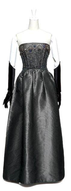 1962 Balenciaga evening dress
