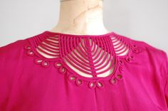 vintage 1940s raspberry short sleeve rayon blouse with trapunto collar detail
