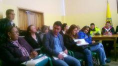 18/02/14 Reunión con las autoridades locales y secretaria de integración social para resolver problemáticas del barrio santa fe.