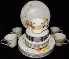 25 PIECE 5 SETTING White Annabelle Fine China  Japan Yellow/Orange Flower #2360  #FineChinaofJapan