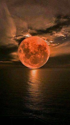 Ideas Photography Landscape Night Full Moon For 2019 Beautiful Sunset, Beautiful World, Beautiful Scenery, Beautiful Artwork, Beautiful Things, Image Nature, Shoot The Moon, Photos Voyages, Moon Art