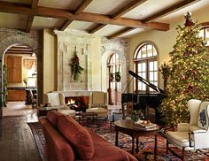 Decorating: Christmas Trees - Traditional Home®
